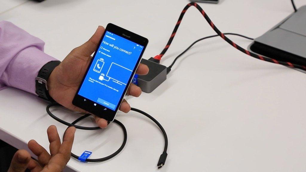 Lumia 950 XL COntinuum App